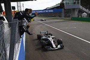 Mercedes e Hamilton comemoram vitória em Monza